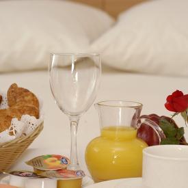 Breakfast in bed Prestigi Hotels Andorra