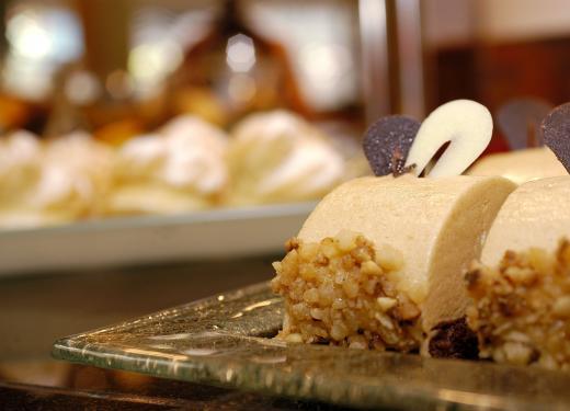 Dessert Gran Bufet Restaurant Hotel Novotel Prestigi Hotels Andorra