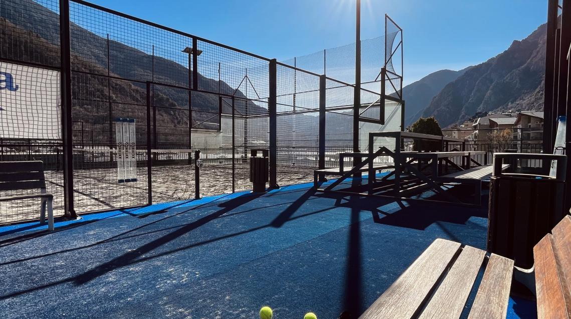 Facilities Club de Pádel Prestigi Hotels Andorra