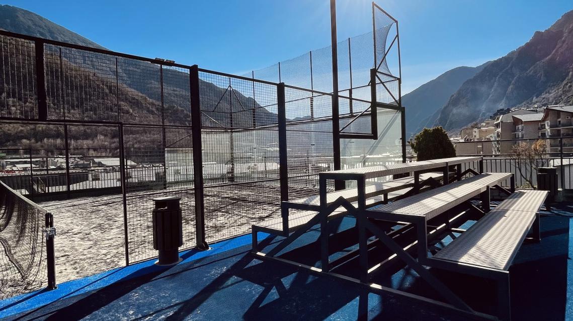Outdoor padel court Club de Pádel Prestigi Hotels Andorra